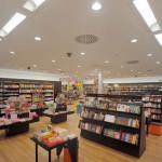 Beleuchtung einer Buchhandlung von Spittler Lichttechnik GmbH