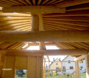 Holzdach der Dachdeckerei Schneider