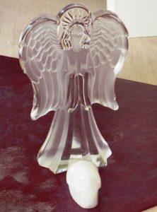 Engel und Kristallschädel